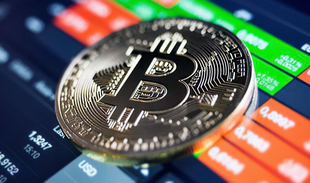Аналитик рассказал, ждать ли в этом году от биткоина $100 000